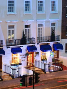 Transfer from Gatwick Airport to Best Western Victoria Palace