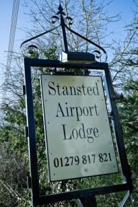 Gatwick Airport Taxi Transfer to Stansted Airport Lodge